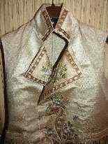 Vest di Uomini, seta ricamata, fine del 18 ° secolo-5