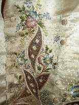 Vest di Uomini, seta ricamata, fine del 18 ° secolo-11