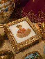 Portagioie, Charles periodo x, Ritratto di giovane donna-4