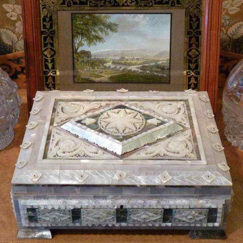 Madre-perla scatola, fine del 19 ° secolo