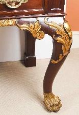 Coppia di tavolini dorati antichi in mogano del 1800-11