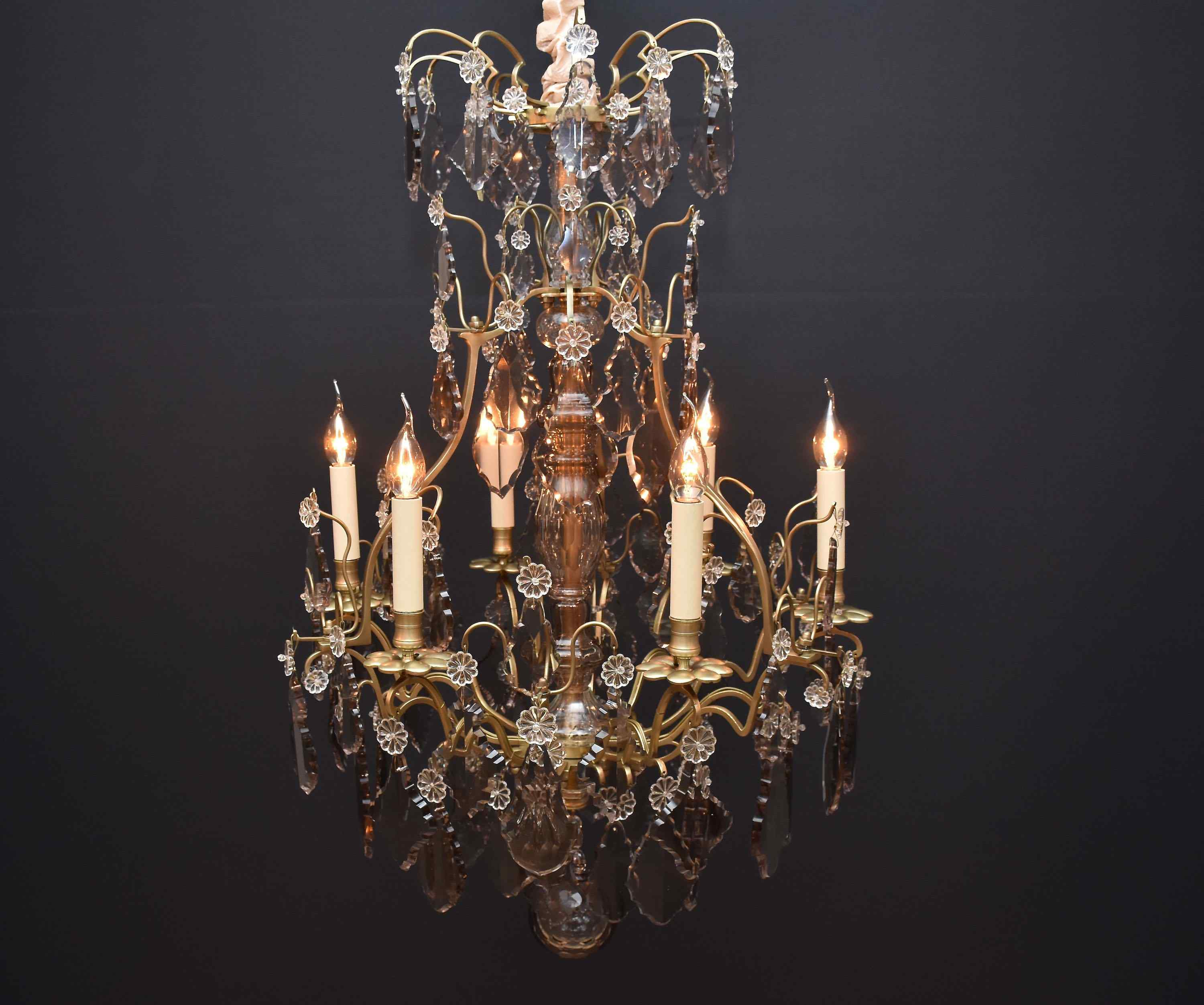 19th century French chandelier in the style of Louis XV