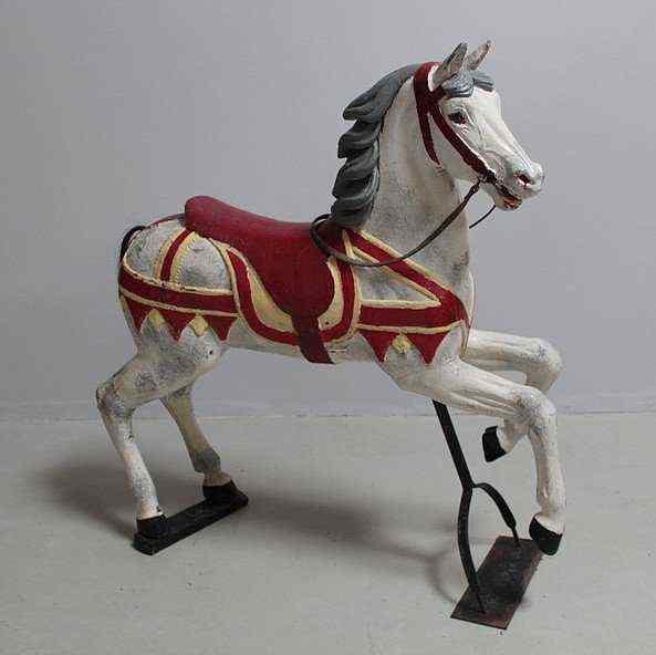 Cavallo in legno dipinto, circa 1900
