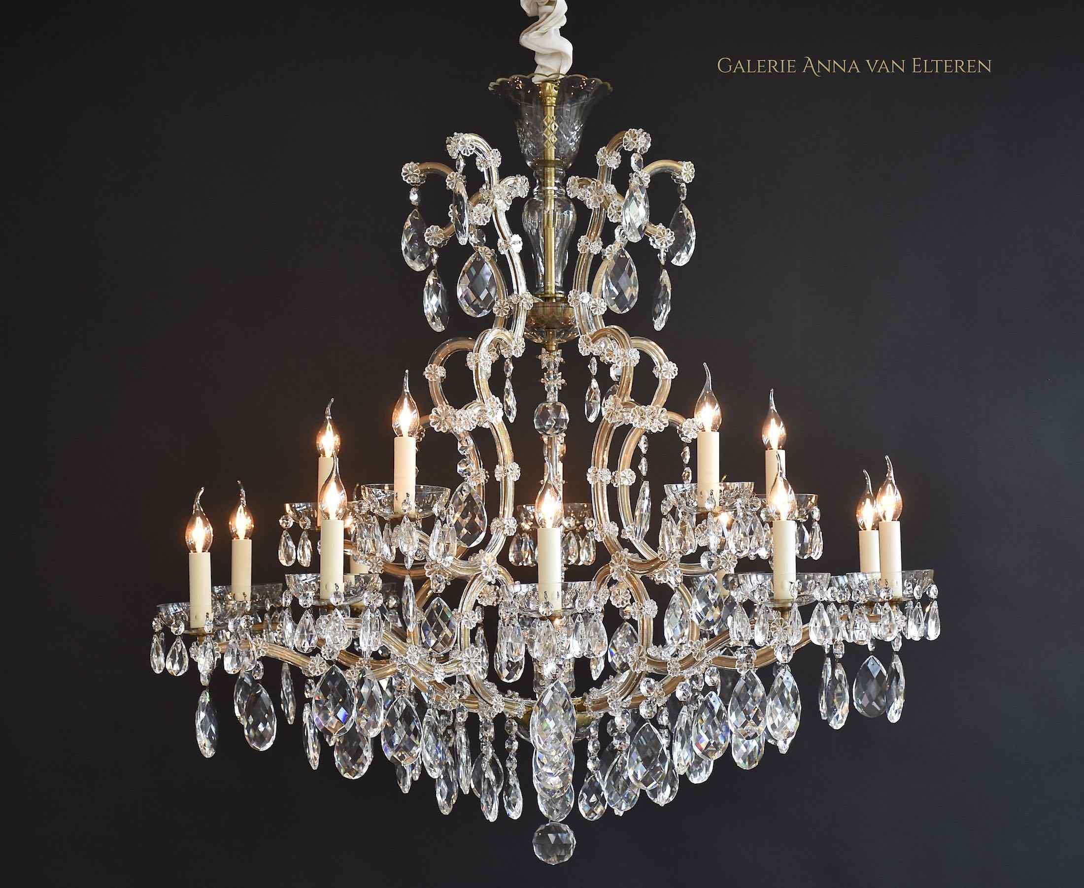 Splendido lampadario di cristallo grande 'Maria Theresia'
