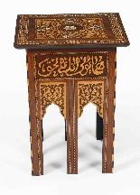 Antico set di 3 tavoli occasionali intarsiati con madreperla-5