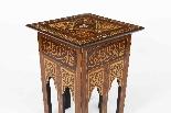 Antico set di 3 tavoli occasionali intarsiati con madreperla-4