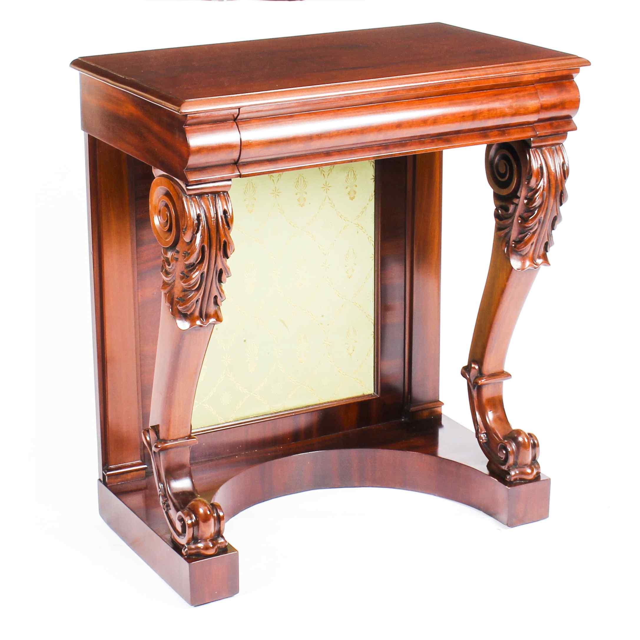 Tavolo consolle antico vittoriano in mogano del XIX secolo