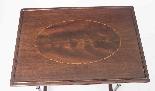 Antico nido vittoriano in mogano intarsiato con 3 tavoli c.1-5