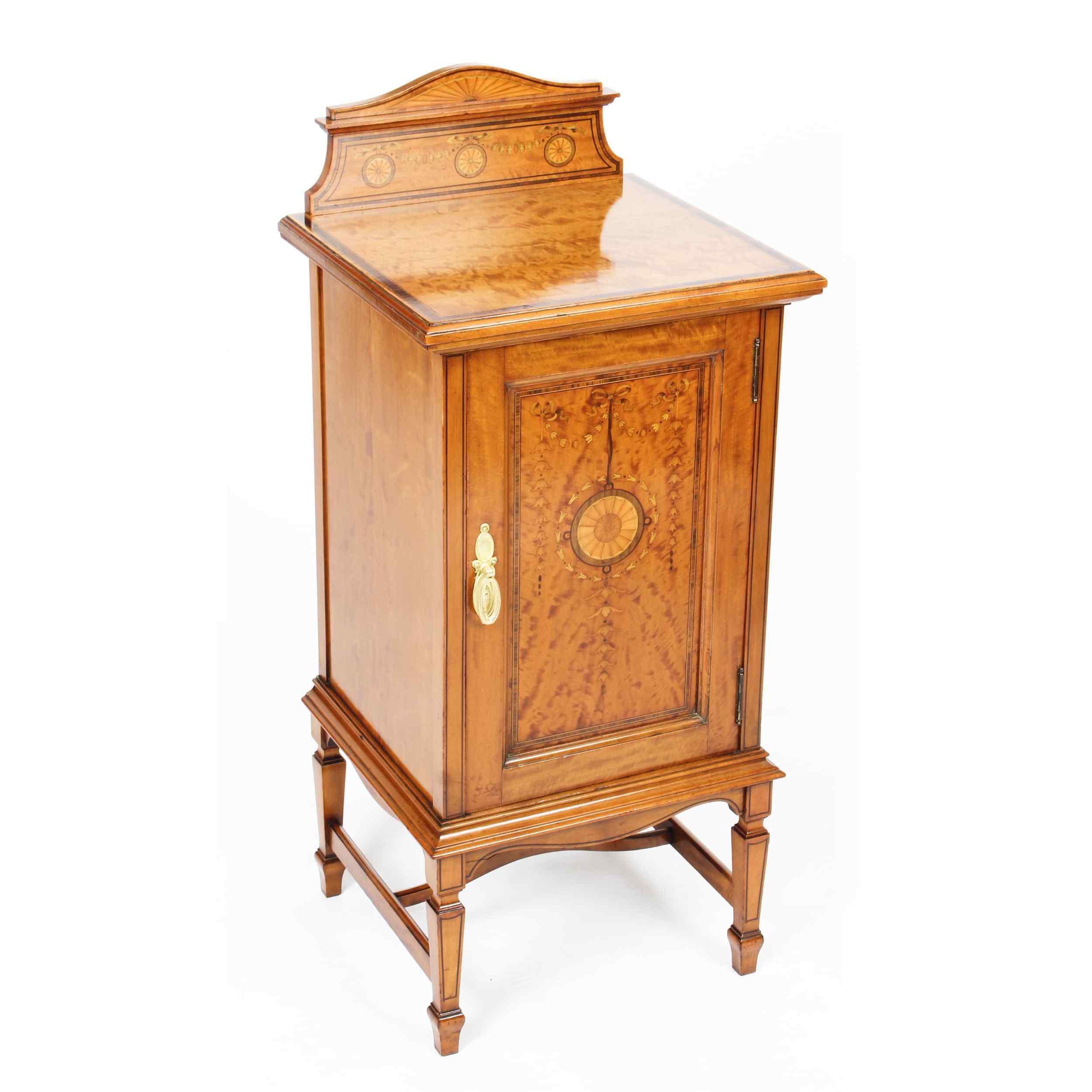 Armoire de Chevet Victorienne Antique en Satin et Marqueté 1