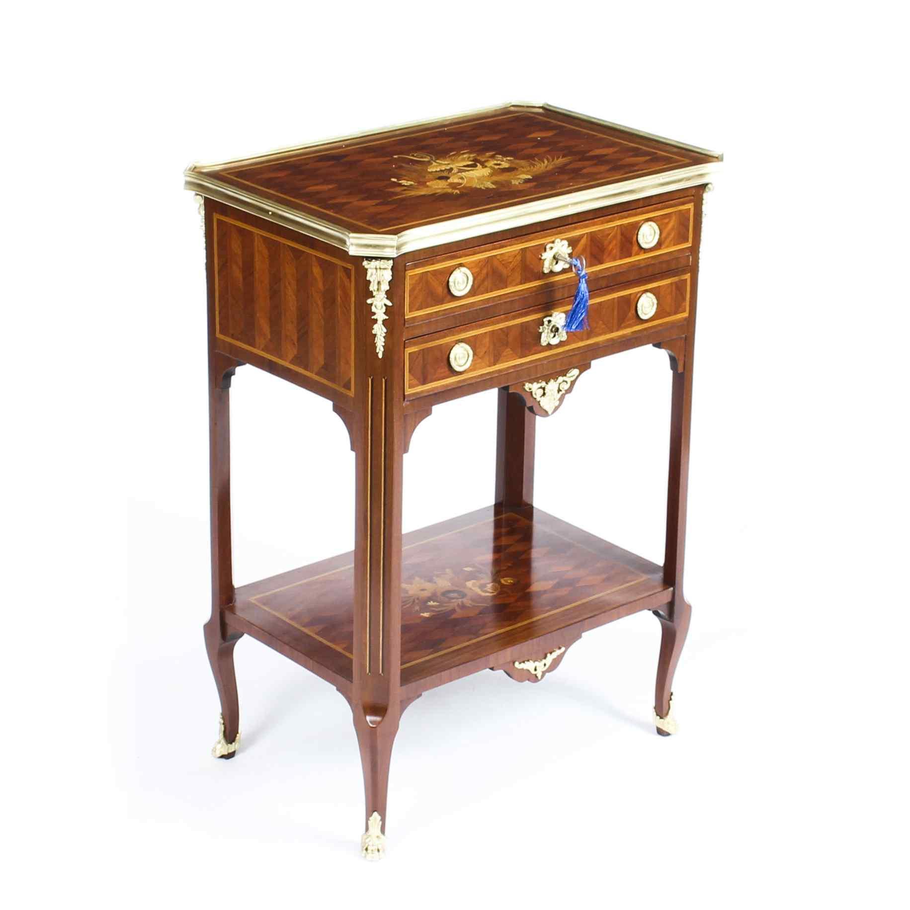Tavolo da lavoro antico in legno e intarsio francese del XIX