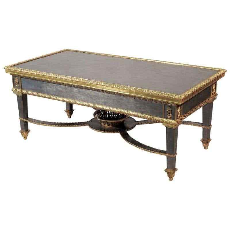 Tavolino da caffè in acciaio con montatura in stile francese