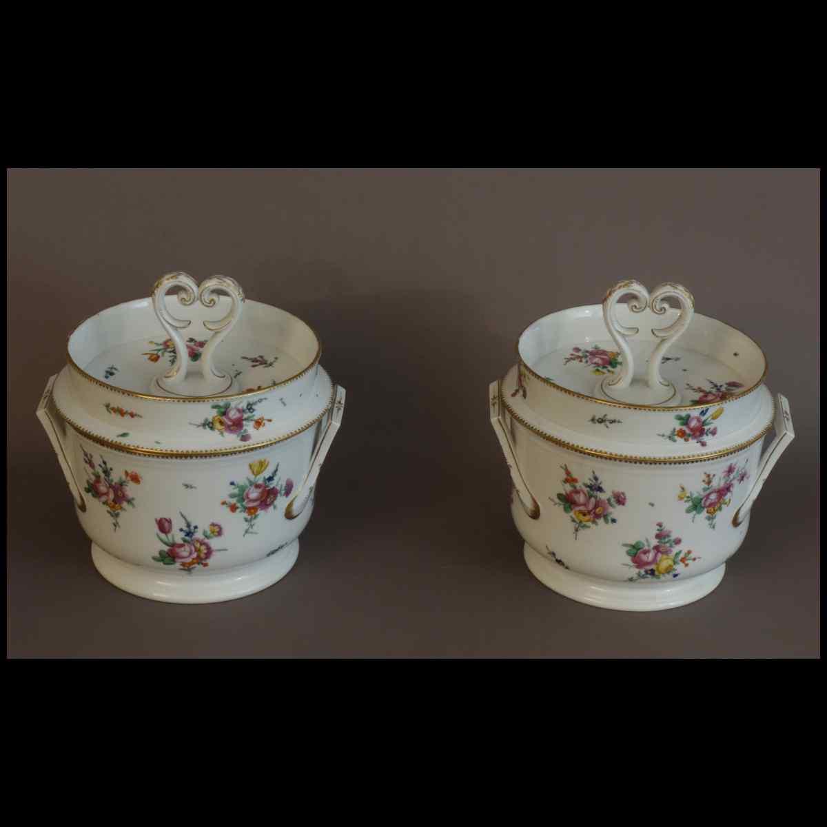 Paire De Glacières De Table En Porcelaine XVIIIème