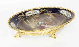 Piatto ovale in porcellana di Sevres antico montato Ormolu, -0