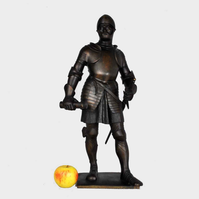 Lenz, cavaliere di bronzo in armatura, firmato, fine XIX ini