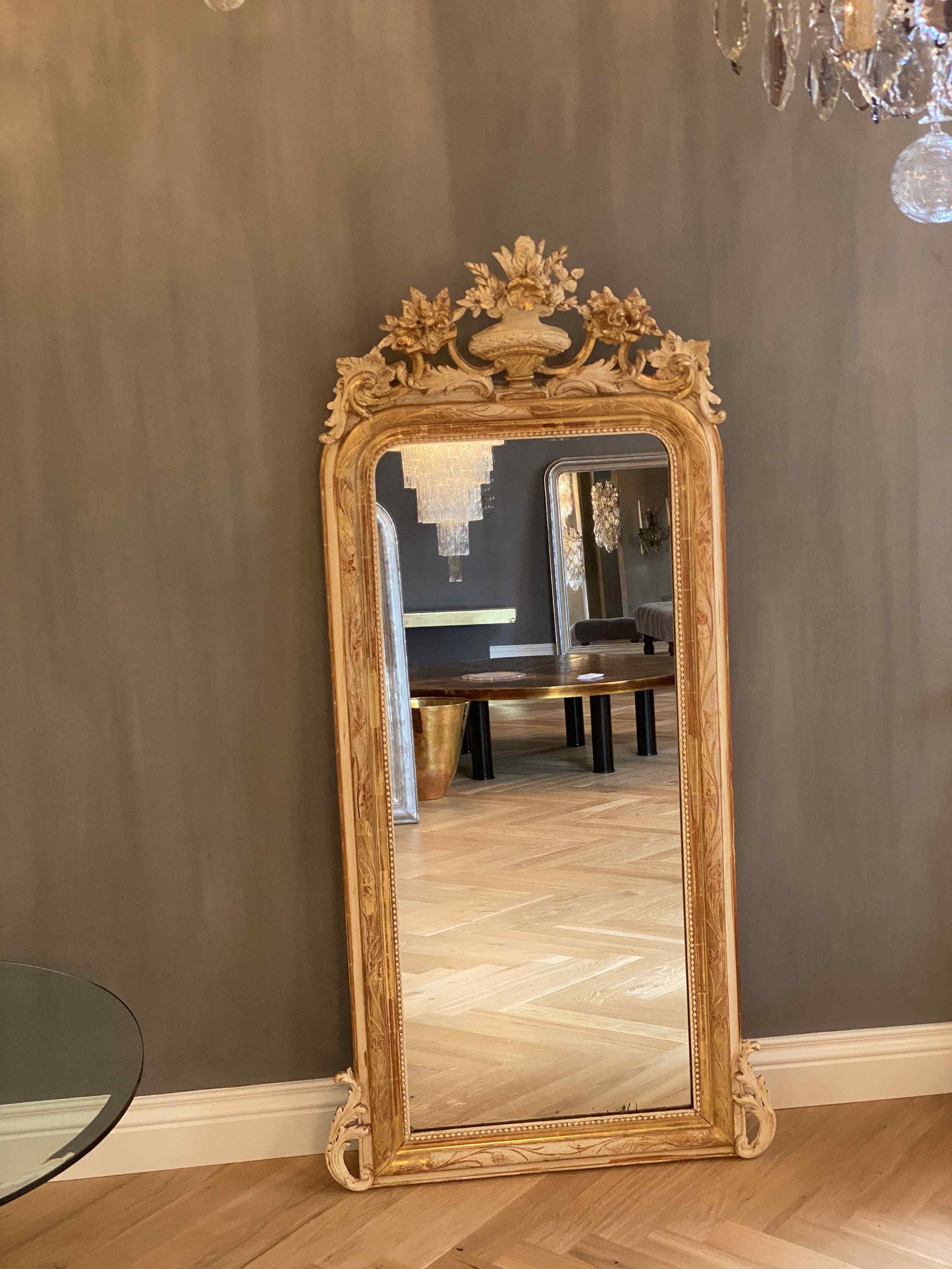 XIX sec. specchio antico con stemma
