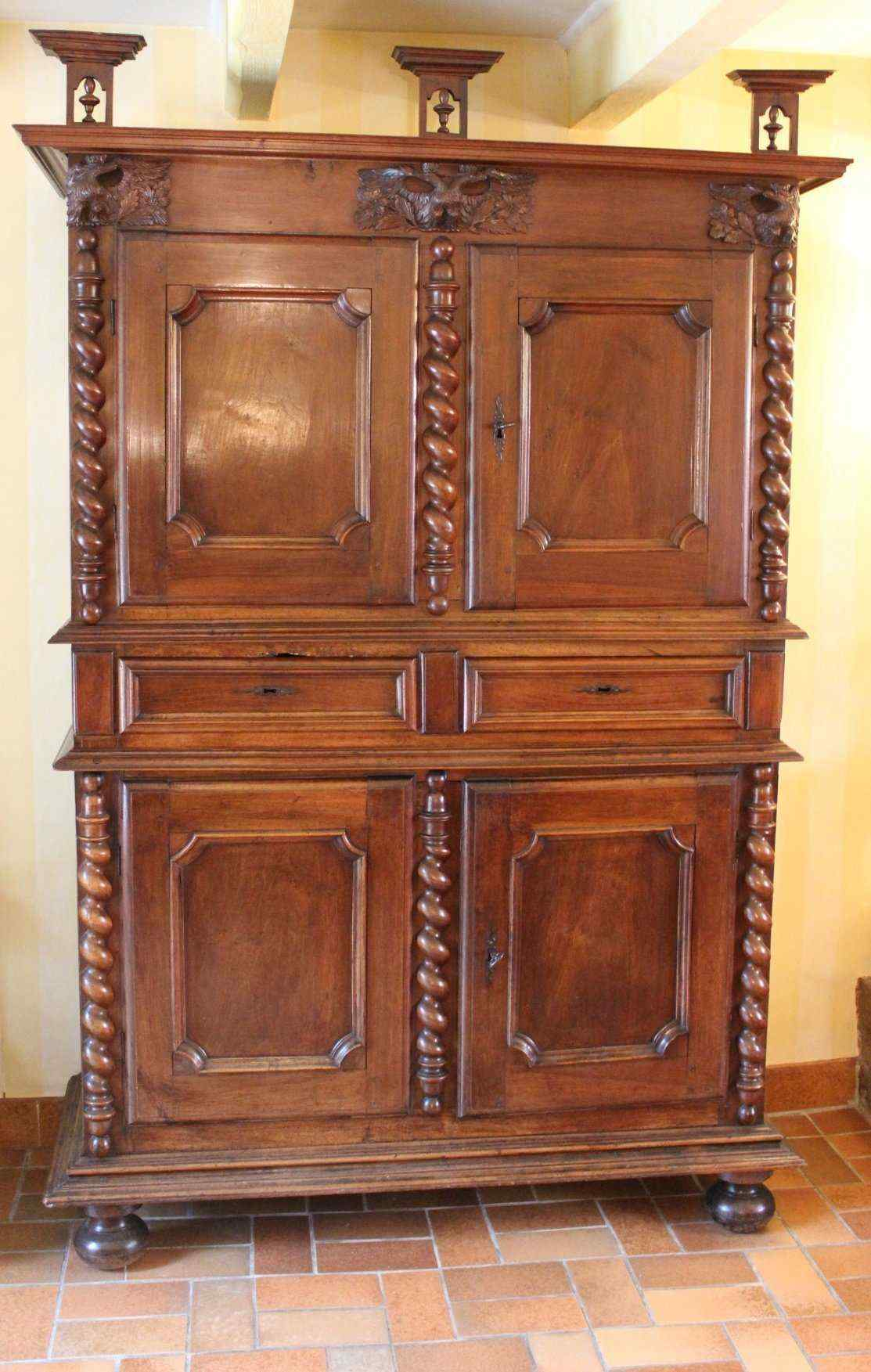 Quattro porte Luigi XIII Lyonnais