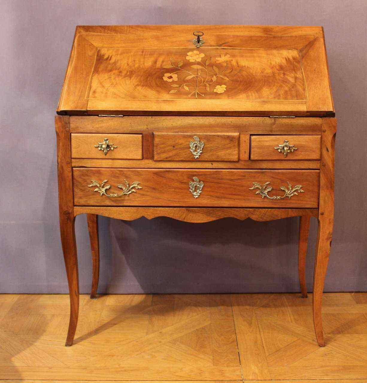 склон Луи XV бюро