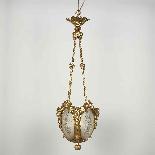 Lampadario con putti in bronzo dorato e vetro inciso, XIX se-1