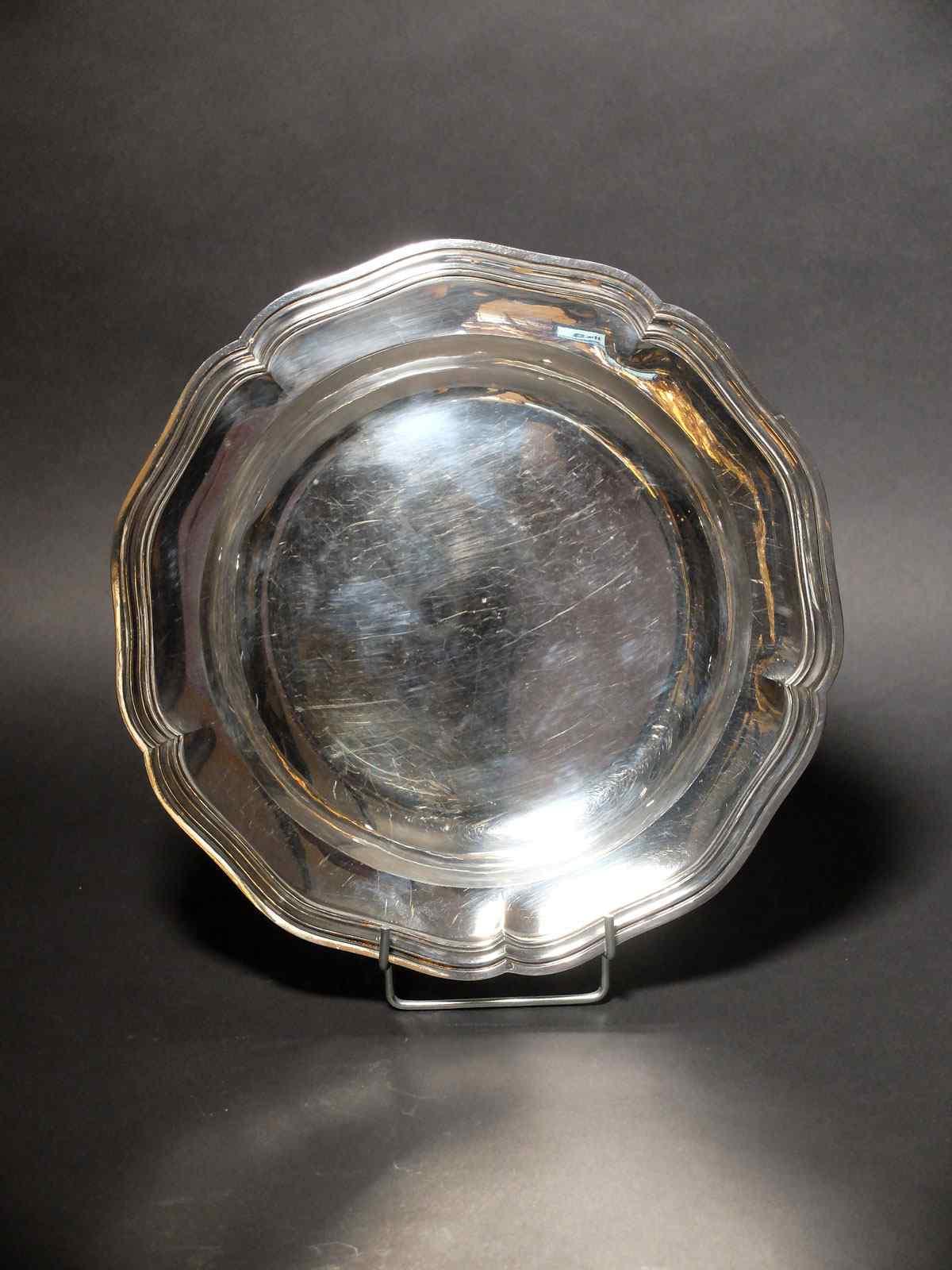 Piatto vuoto in argento massiccio