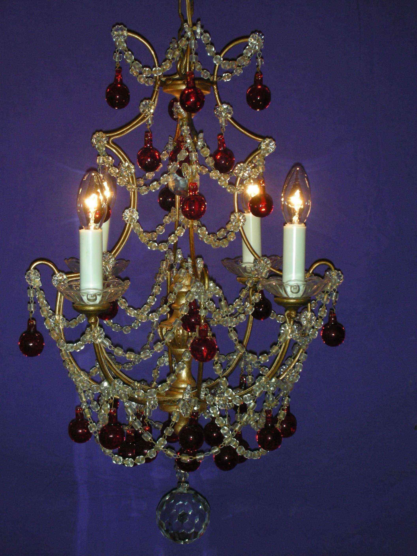Antico lampadario colorato