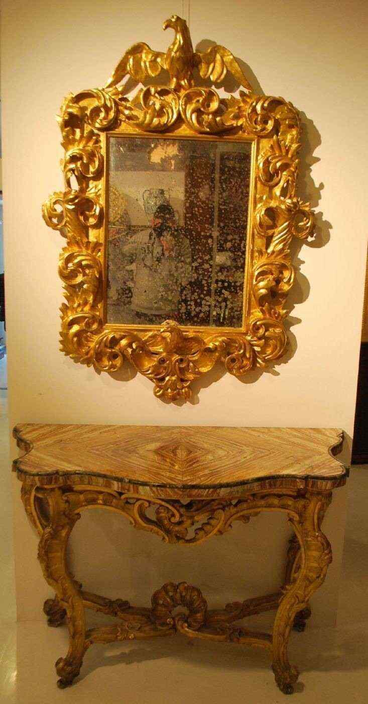 table console dor e avec dessus en marbre anticswiss. Black Bedroom Furniture Sets. Home Design Ideas