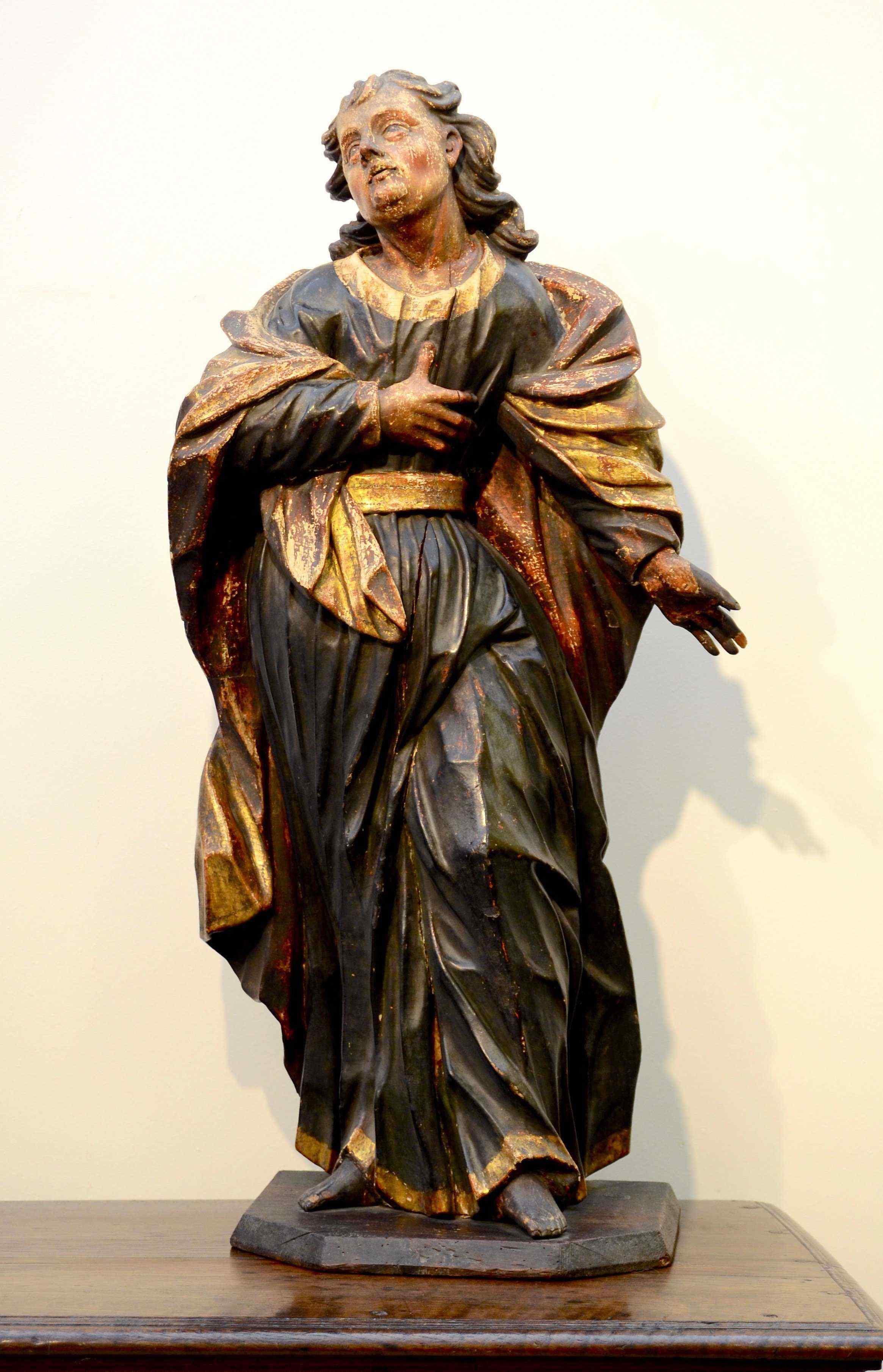 Sculpture polychrome en bois 'Saint-Jean, l'apôtre'