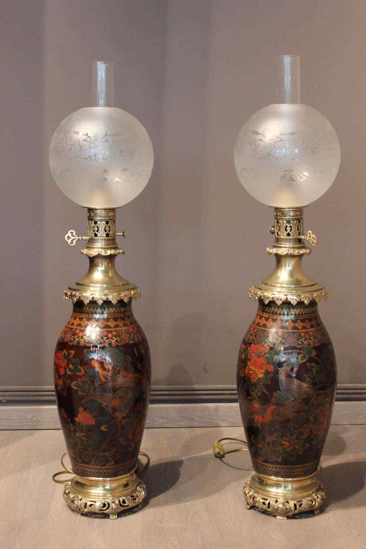 Pair of oil lamps compartmentalized nineteenth century