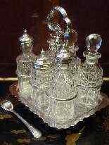 Oliera in metallo argentato, epoca Regina Vittoria-11