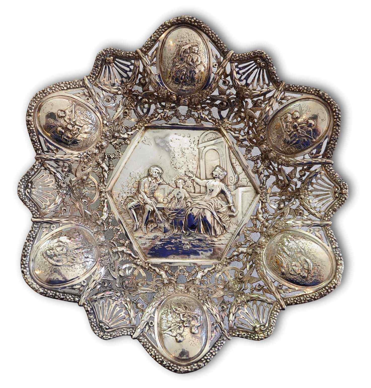Prezioso centrotavola in argento 800, XIX secolo
