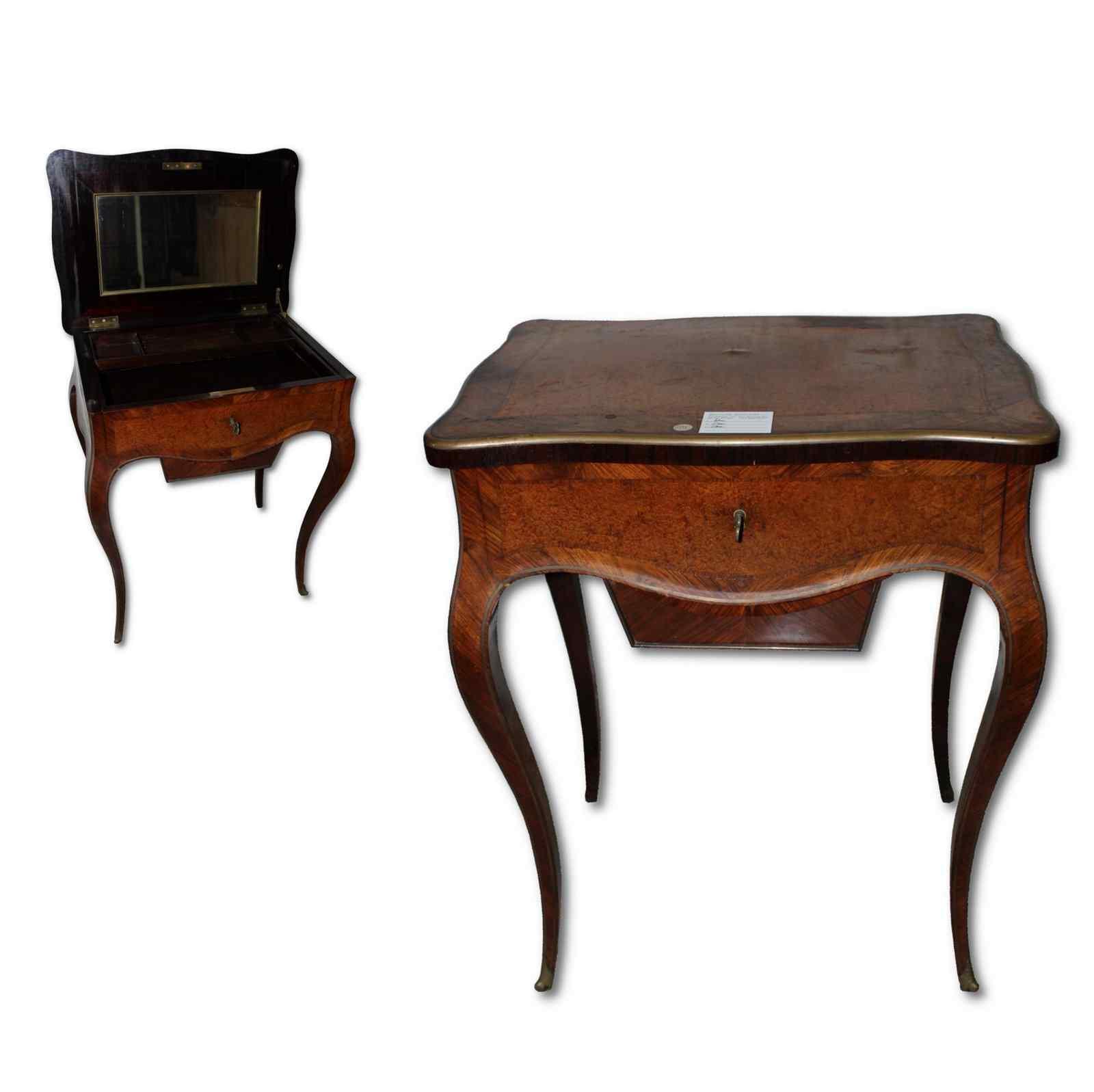 tavolino da lavoro antico