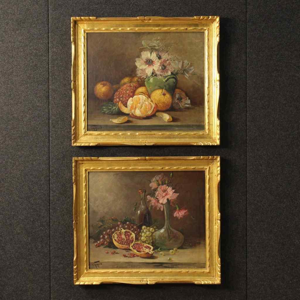Coppia di nature morte francesi con frutta e fiori