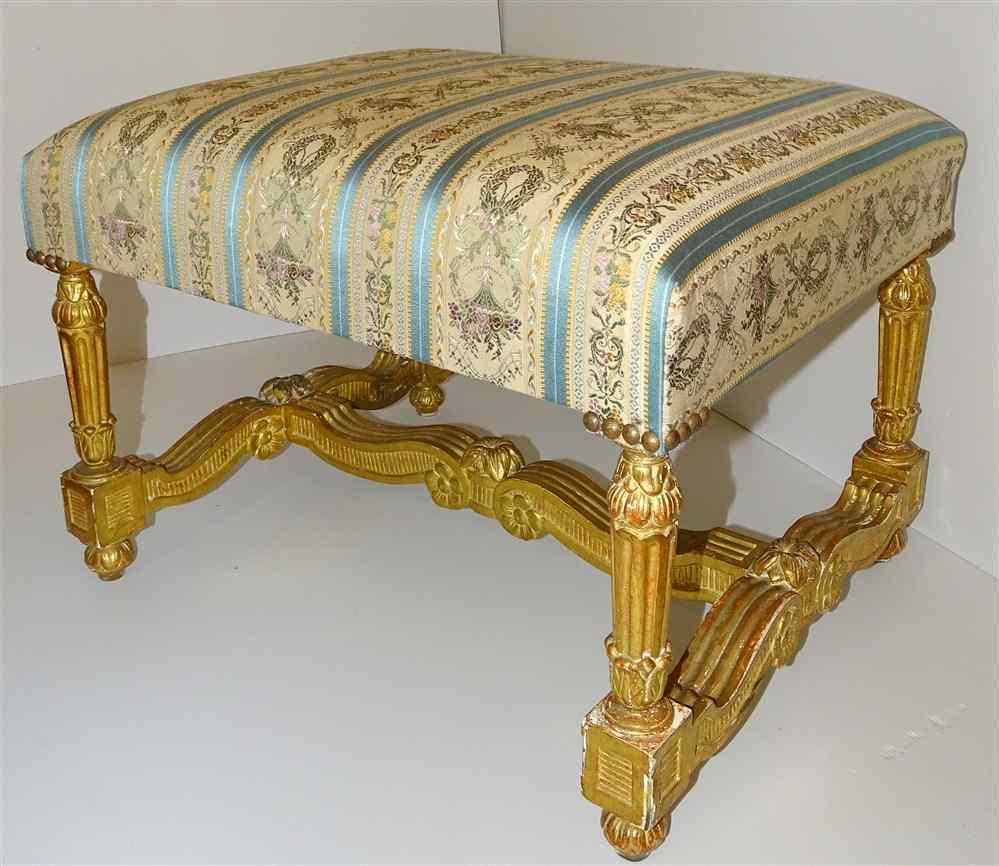 Sgabello in legno dorato Luigi XIV