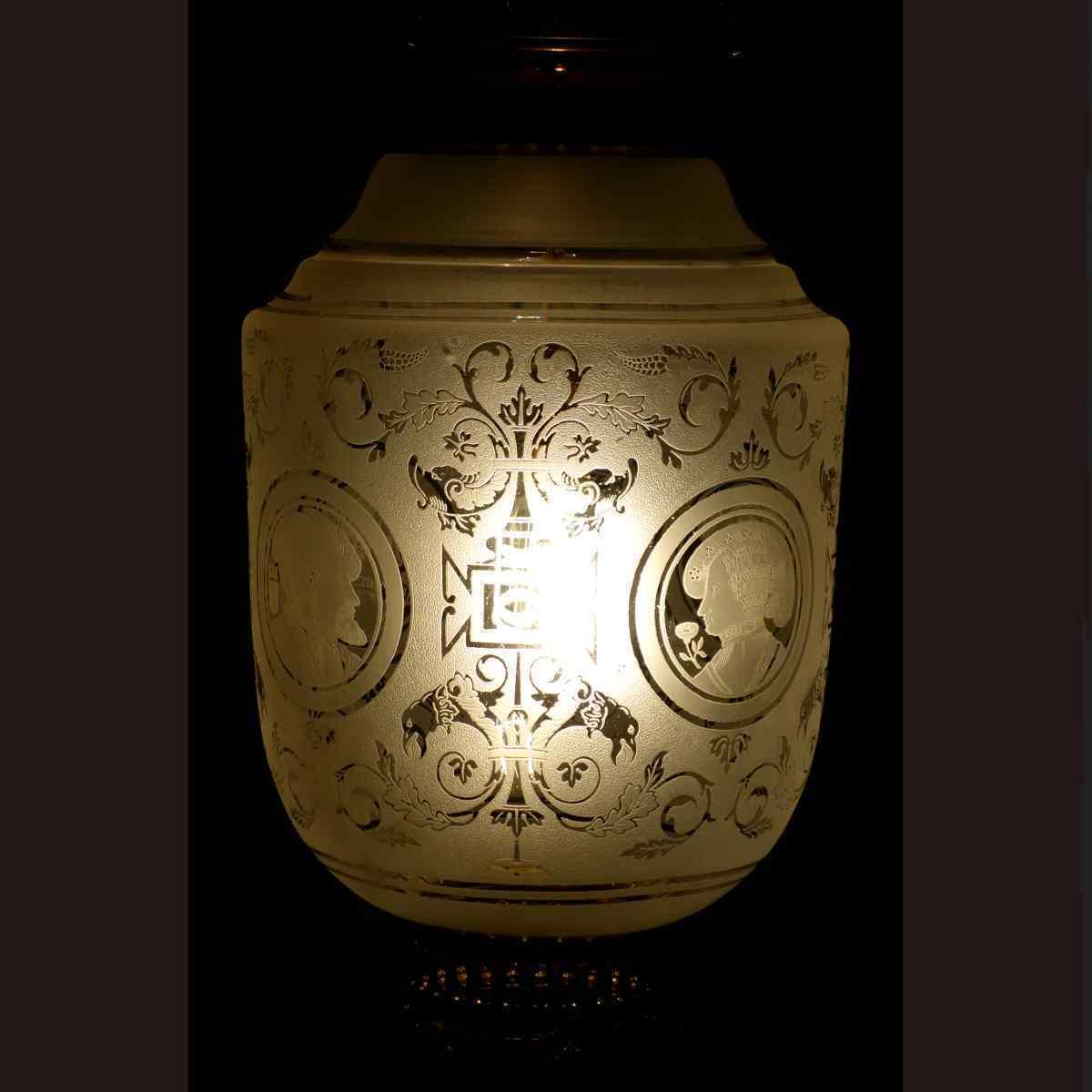 Lampada in bronzo dorato XIX secolo