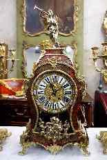 Trittico con orologio francese, fine dell'800-11