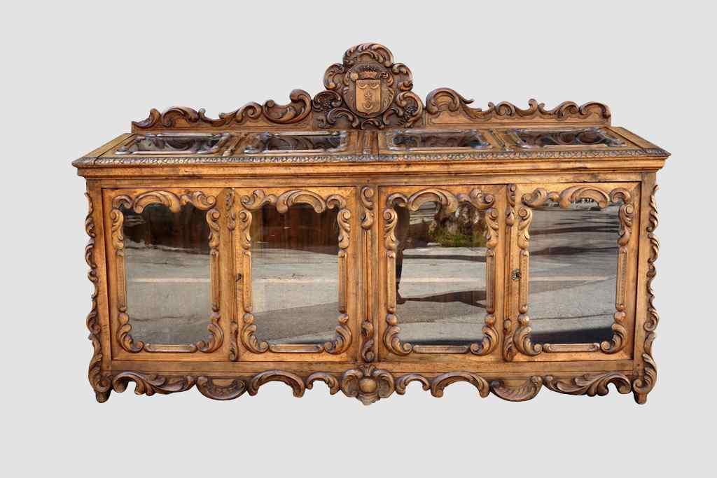 Importante vetrina / espositore da castello, XIX secolo