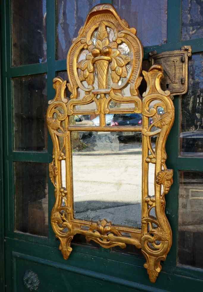 Specchiera antica provenzale del XVIII secolo
