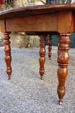 Tavolo allungabile in noce, XIX secolo -4