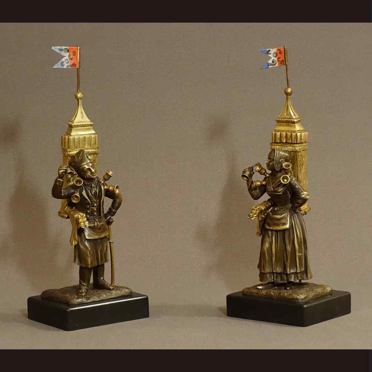 Rare Coppia di personaggi in bronzo dorato XIX secolo