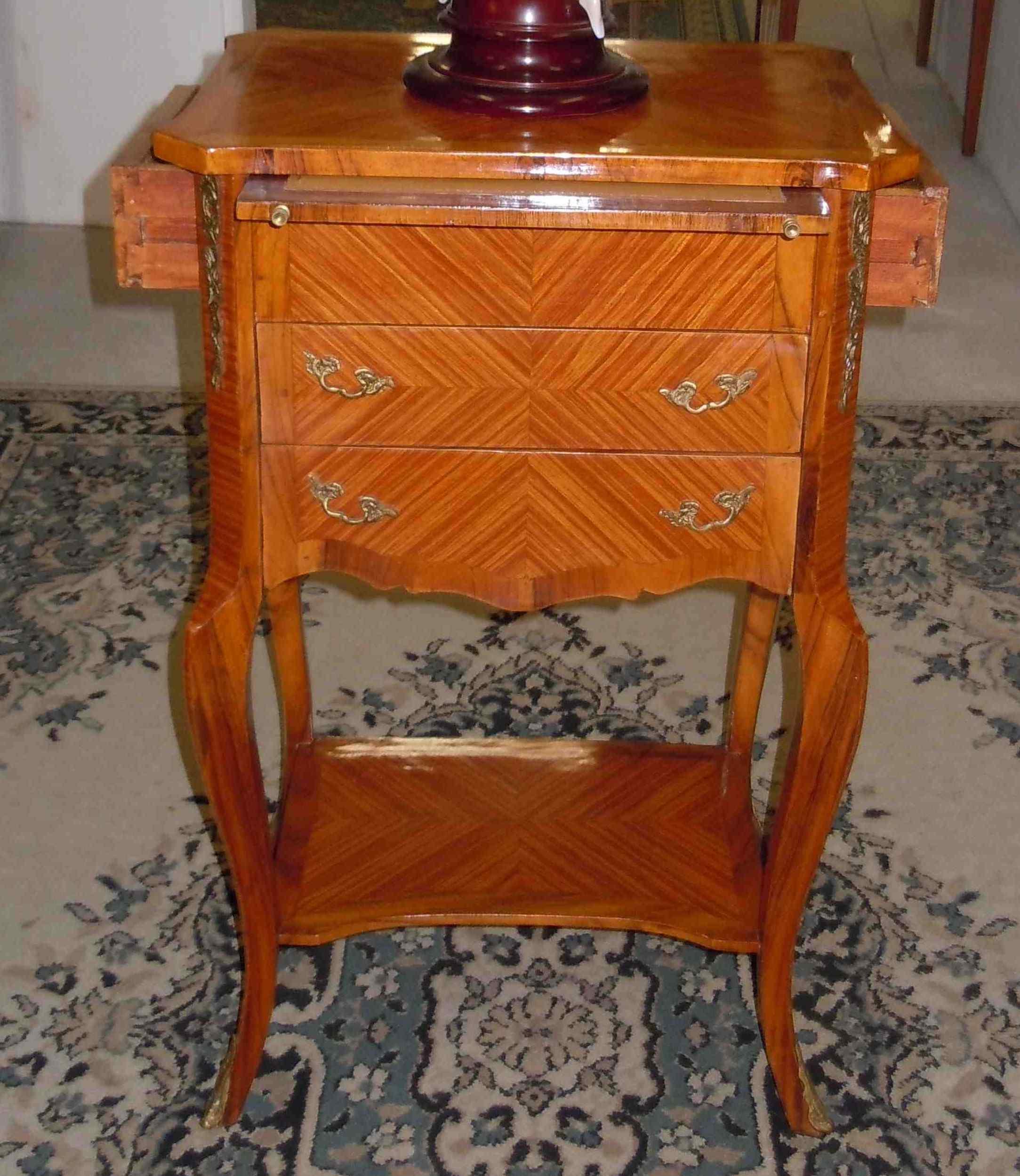 petite commode marqueterie table salon gu ridon transition anticswiss. Black Bedroom Furniture Sets. Home Design Ideas