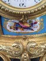 Pendola in bronzo dorato e porcellana di sevres, F.Berthoud-3