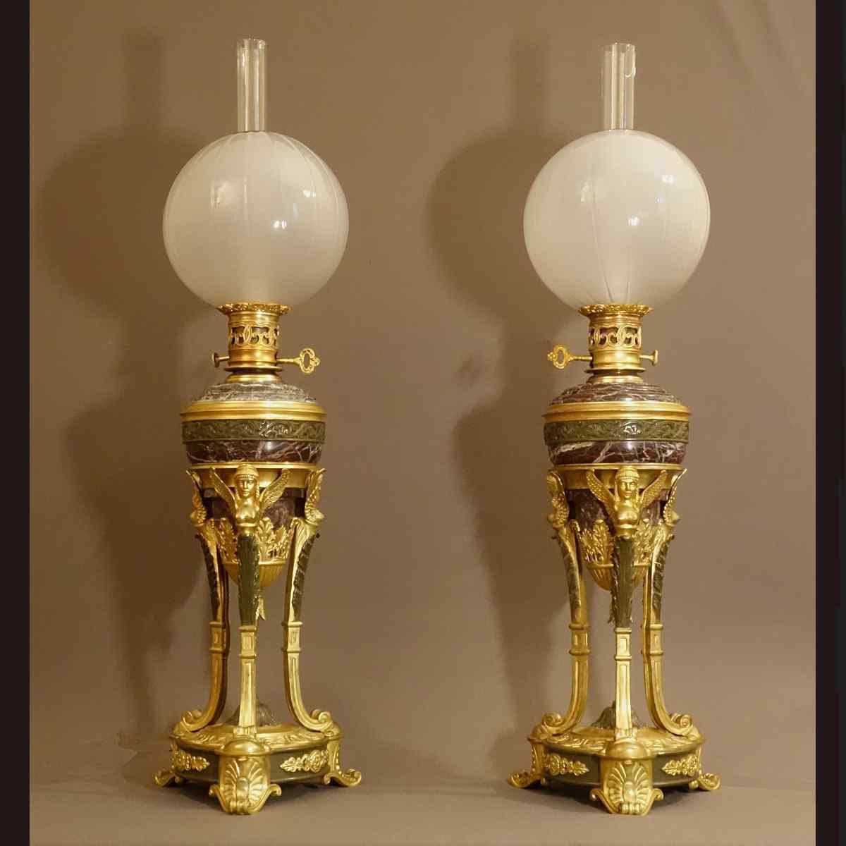 Coppia di Grandi lampade a ateniese Mid XIX