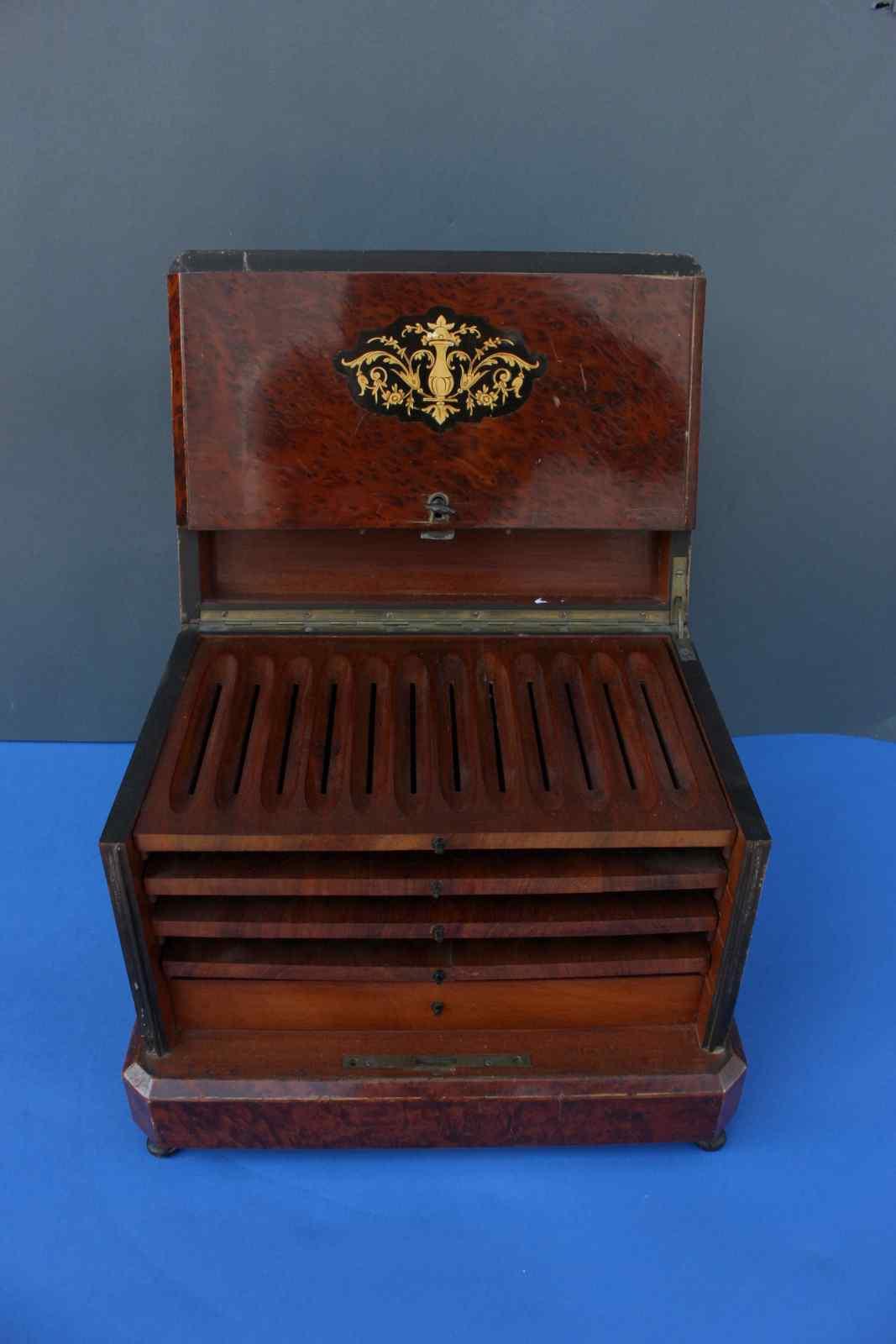 VIEUX Cigar Box
