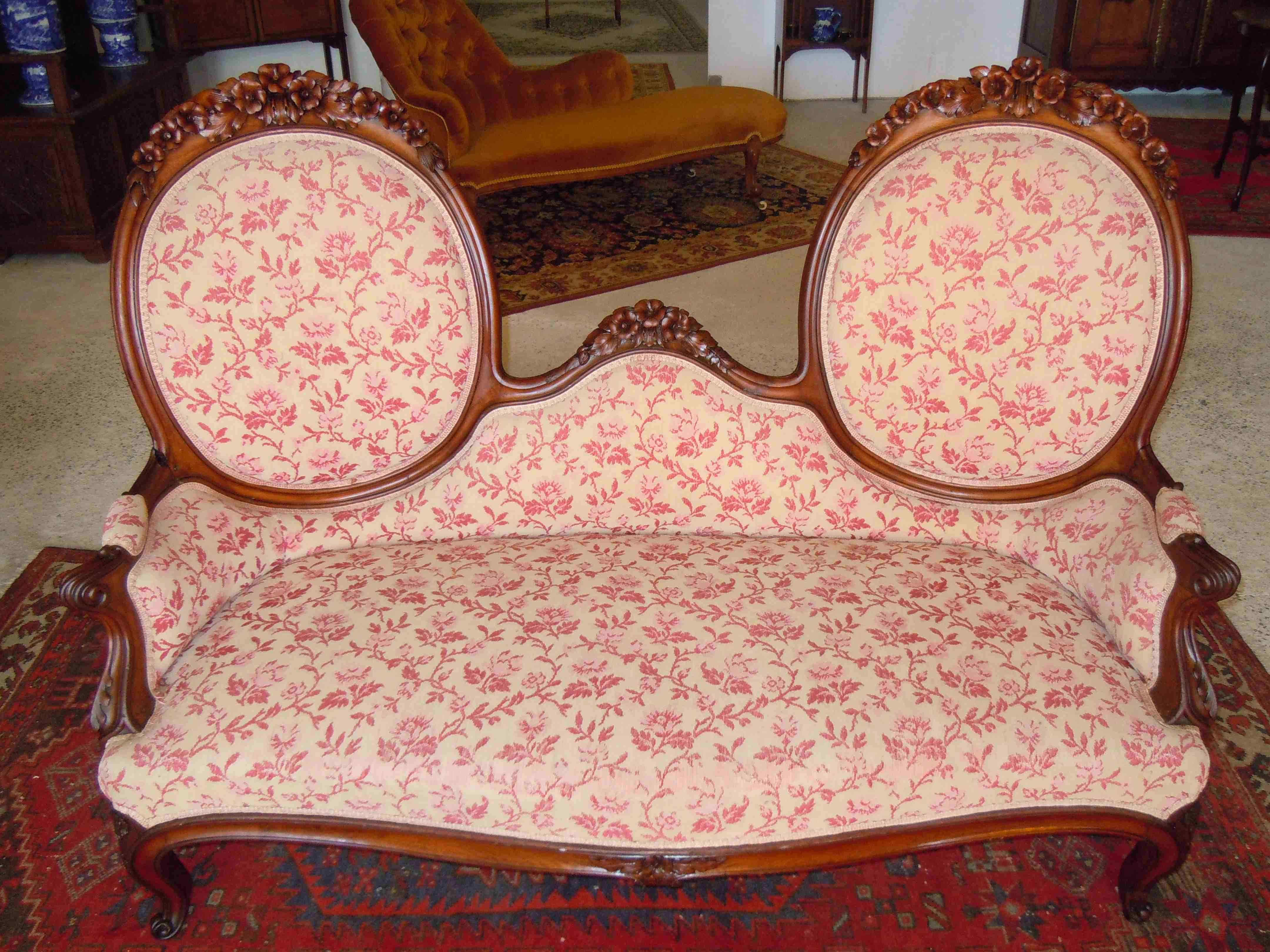 canap sofa poque napol on iii en bois sculpt 2 m daillons anticswiss. Black Bedroom Furniture Sets. Home Design Ideas