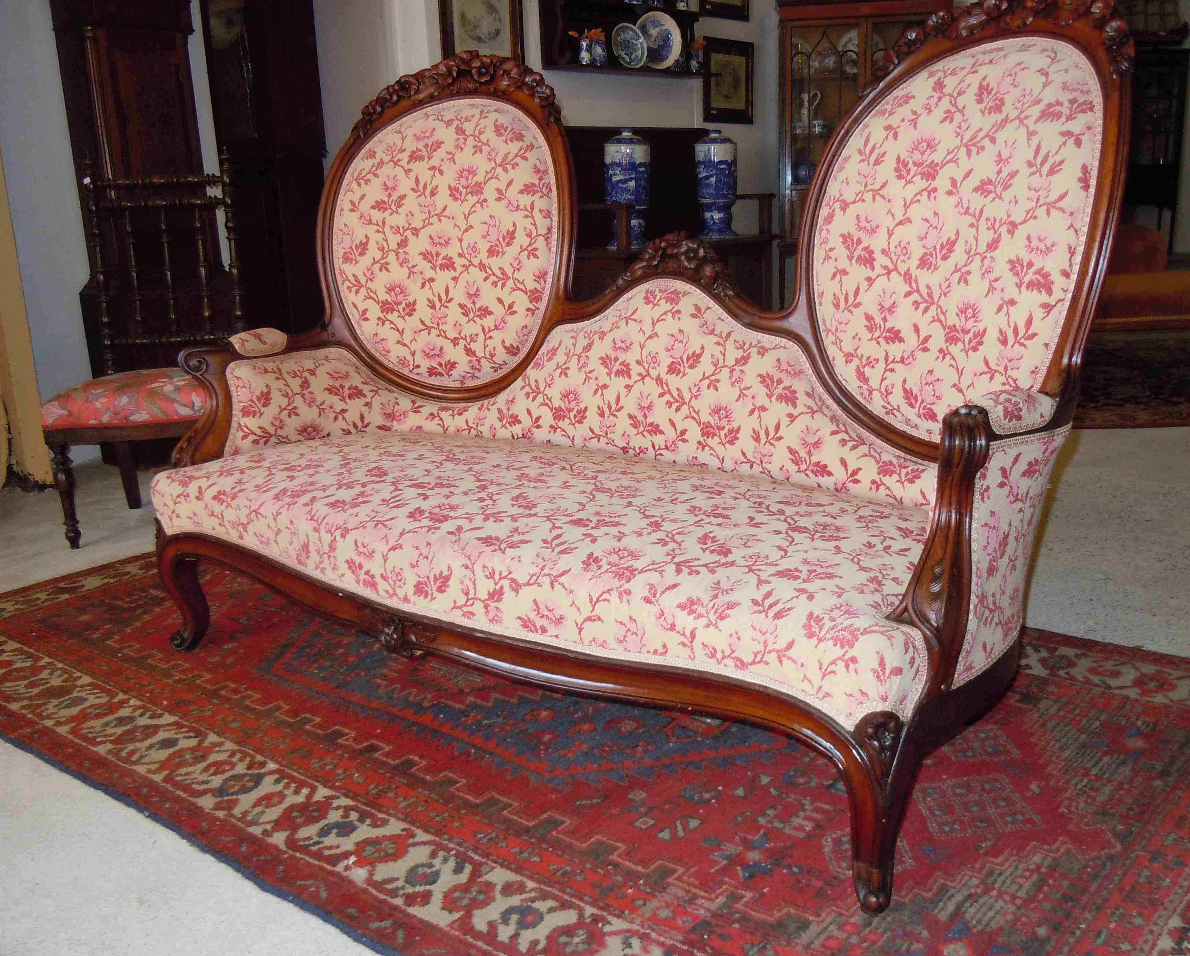 Canapé sofa époque Napoléon III en bois sculpté 2 médaillons ...