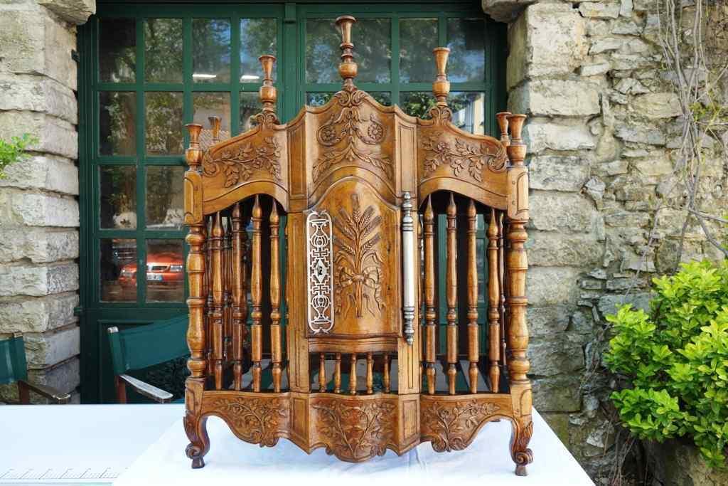Porta pane antico del XVIII, Provenzale