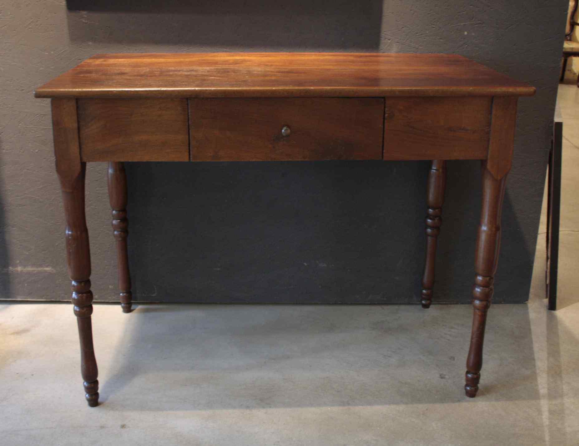 Walnut table Toscano XIXsec