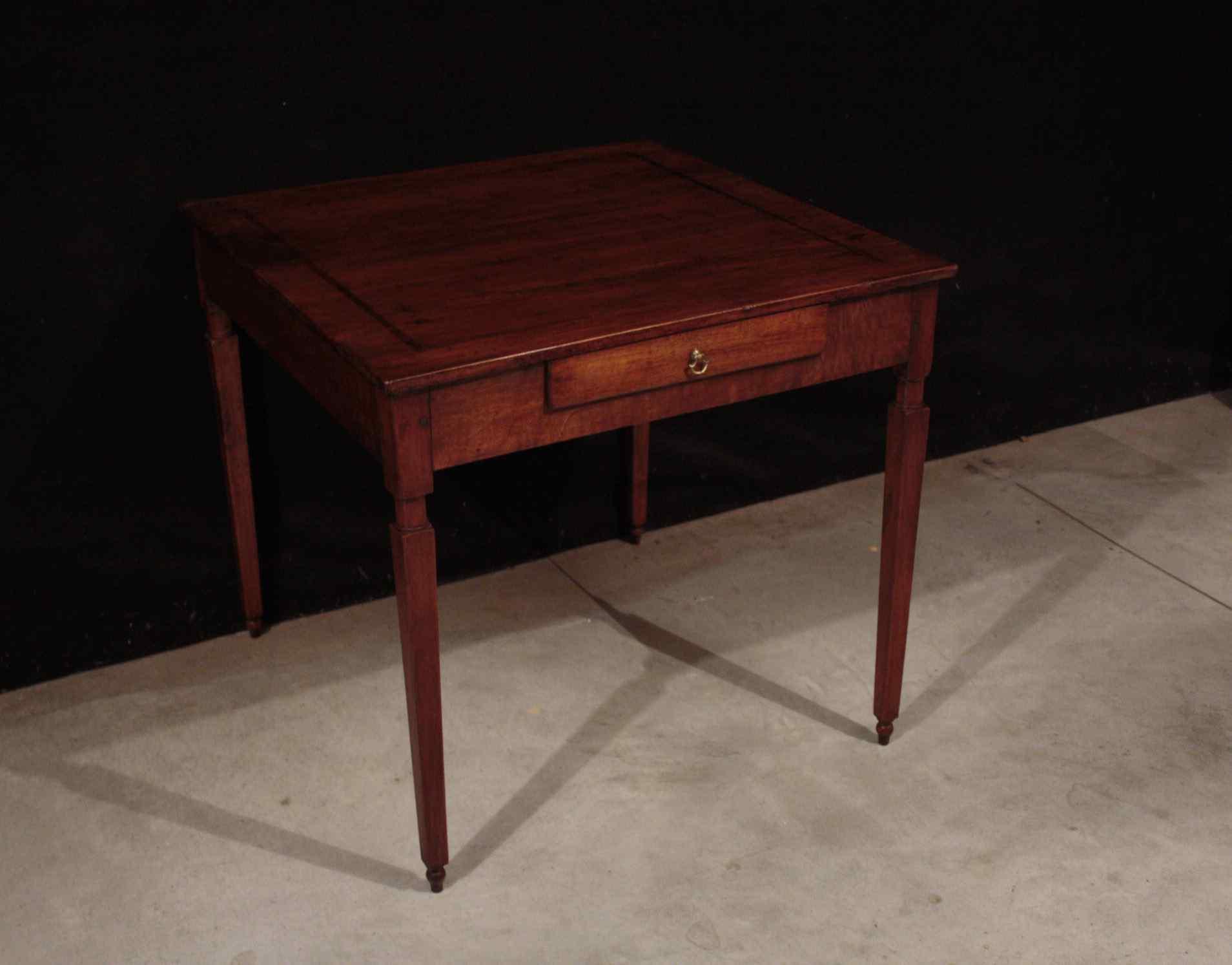 jouer Louis XVI Table