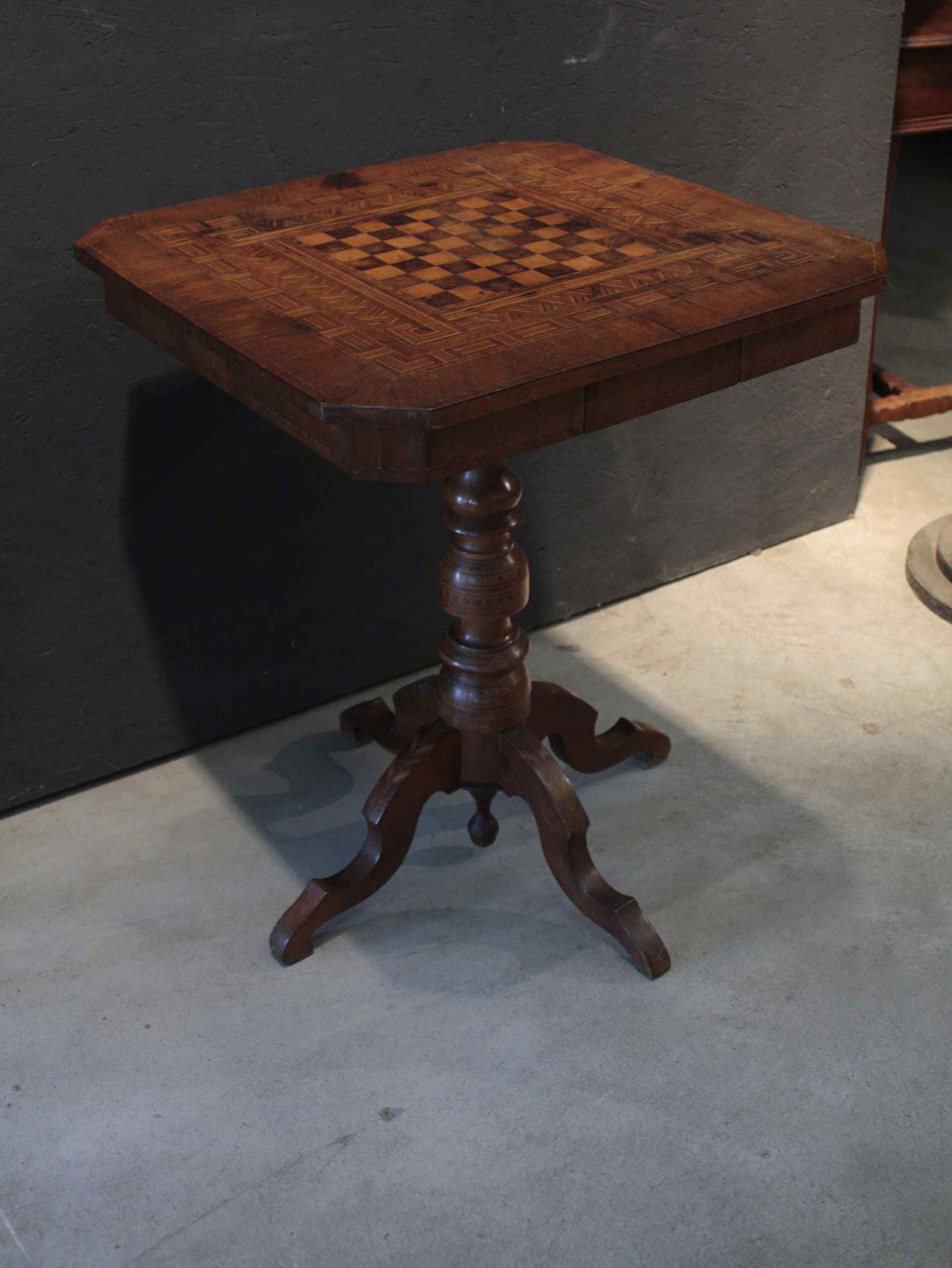 table with chessboard sec. XIX