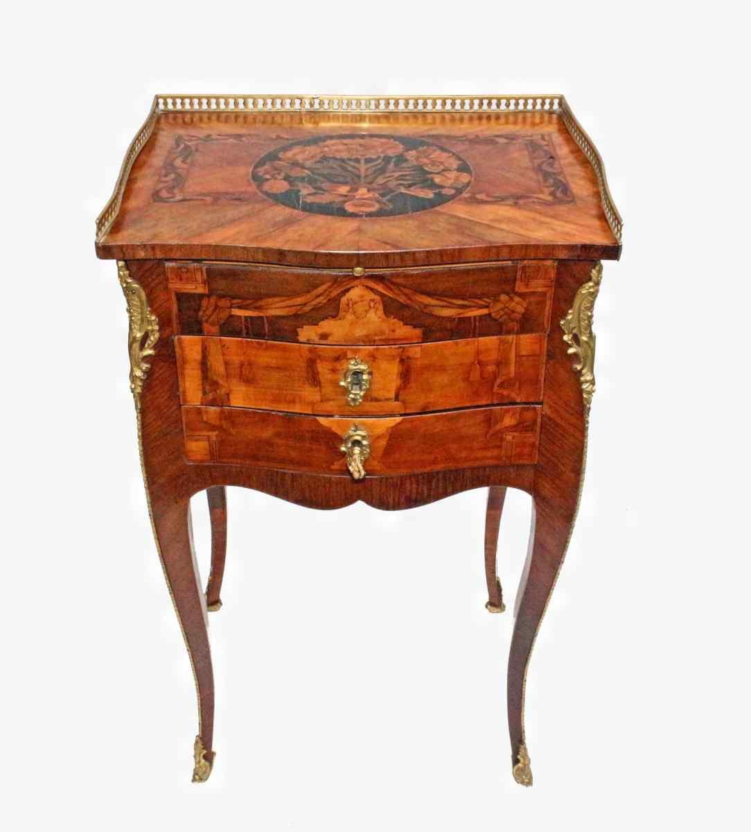 Table of Salon XVIII Louis XV-Transition :: AnticSwiss
