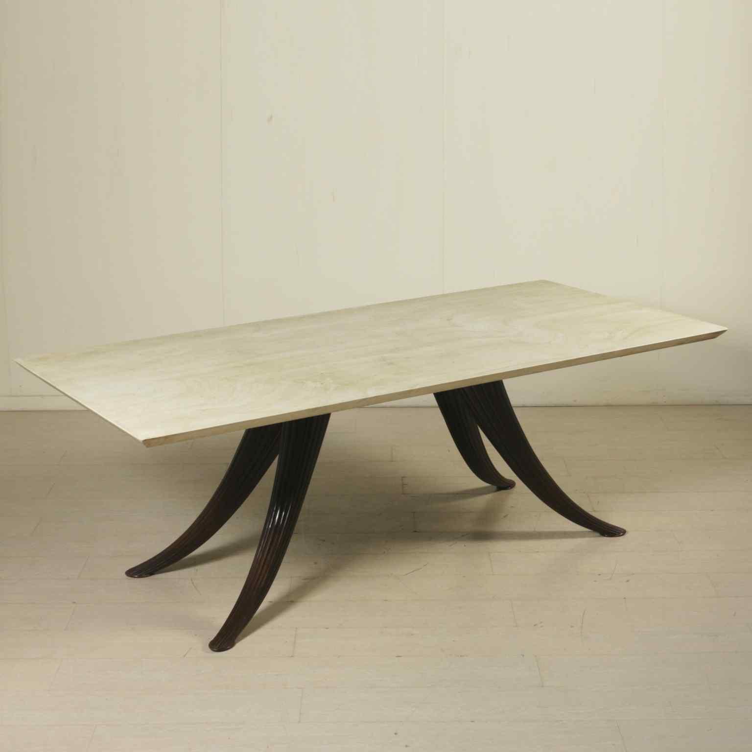 Tavolo nello stile di Osvaldo Borsani